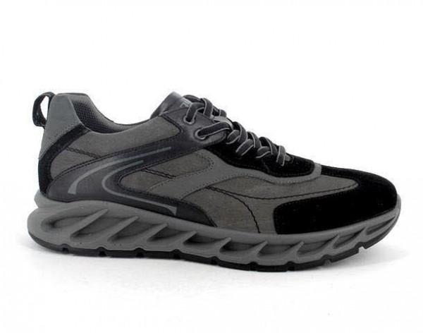 Primigi Sneaker Grau